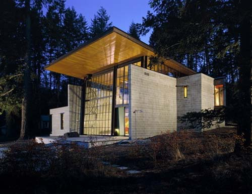 Chicken Point Cabin by Sundberg Kundig Allen Architects 2 Big window for Chicken Point Cabin by Sundberg Kundig Allen Architects