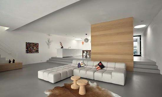 L shaped house designs a contemporary modern house by nat for Interiores de oficinas minimalistas