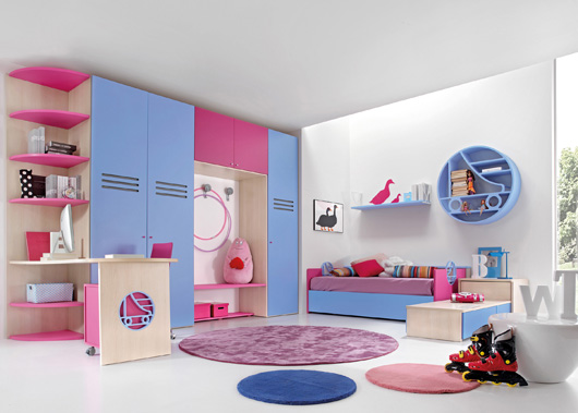 roller skating 1 Spanish kids bedroom for small space ideas by Carlos Tiscar