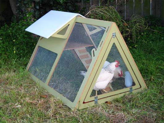 Easy to make chicken coop with portable chicken coop kits for How to build a movable chicken coop