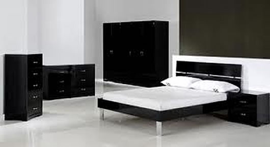 modern black bedroom furniture Black is Back